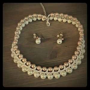 Pearl and rinestone necklace and earrings new